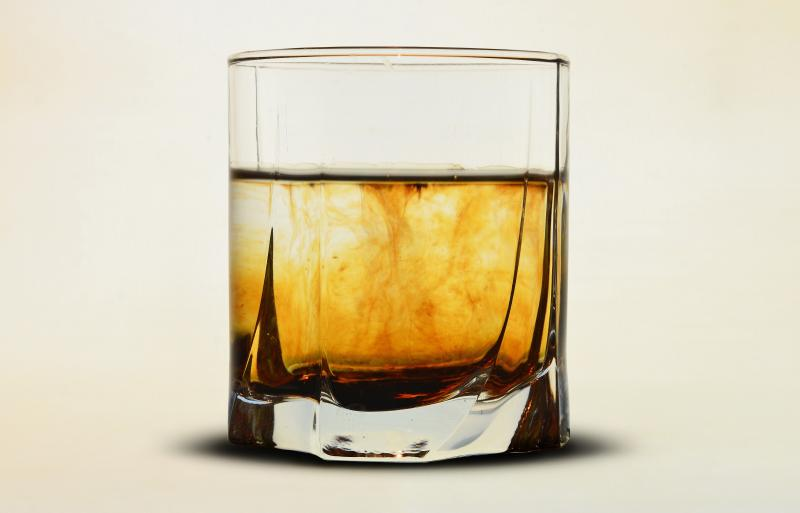 What is Whiskey Dick?6 Things to Know About Drunken Erections